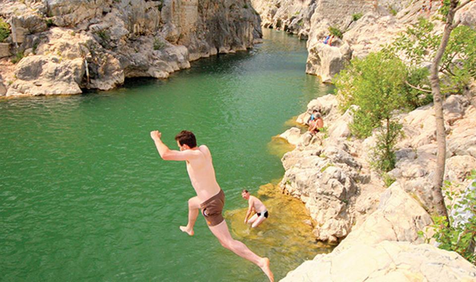 Baignade dans l'Hérault