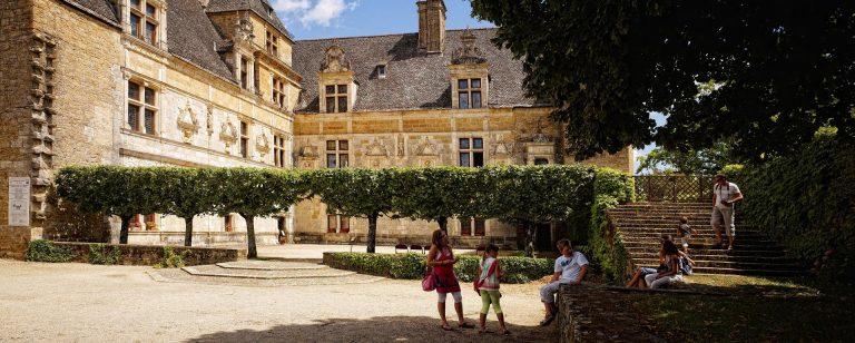 Châteaux de la vallée de la Dordogne (château de Montal)