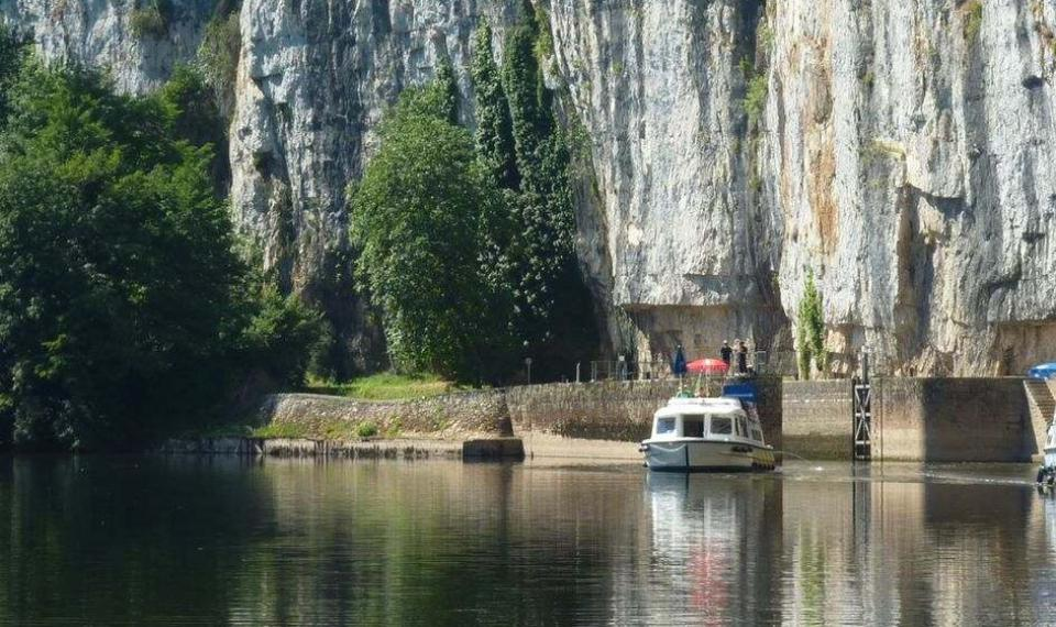 Ecluse et chemin de halage de Ganil - Valle?e du Lot © Lot Tourisme