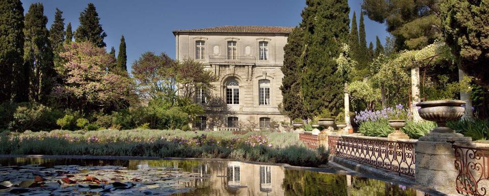 Jardins de l'abbaye de Saint-André dans le Gard