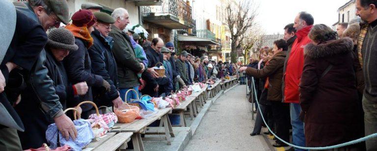 Marché aux truffes à Lalbenque