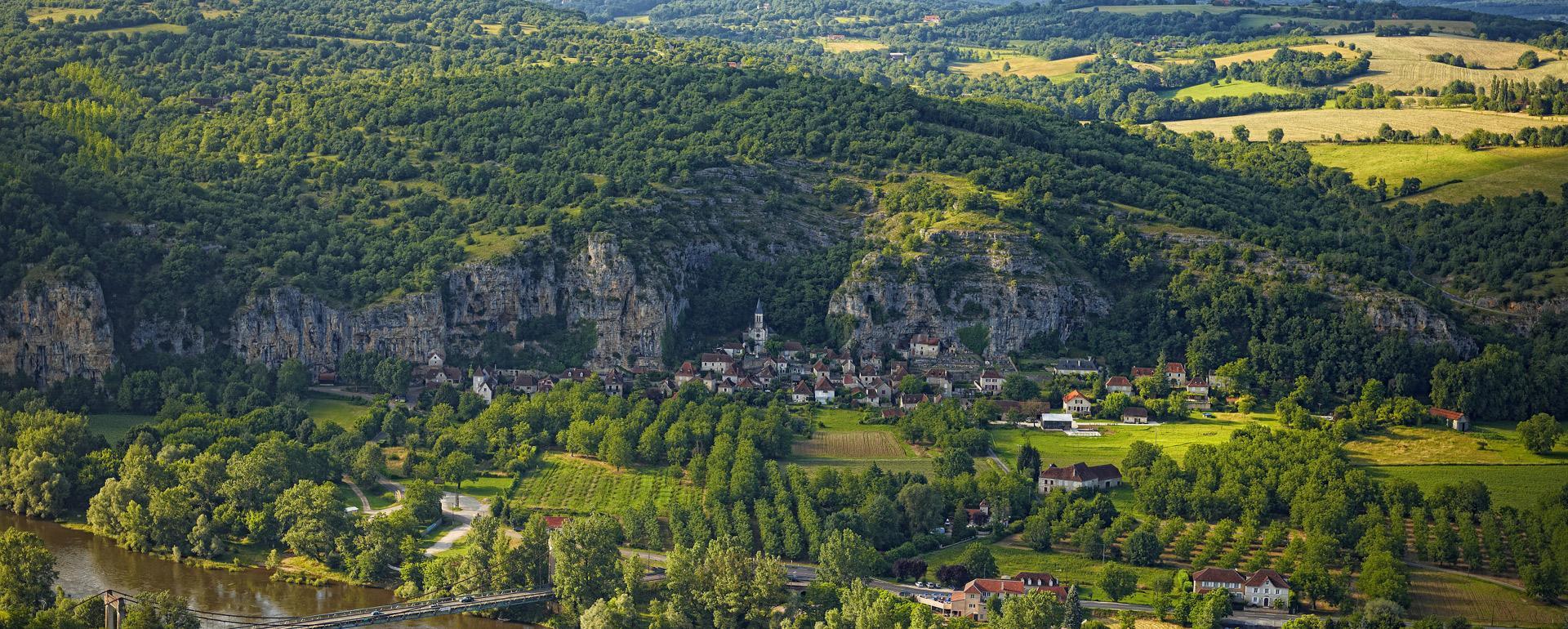 Vallee de la Dorodgne, Gluges