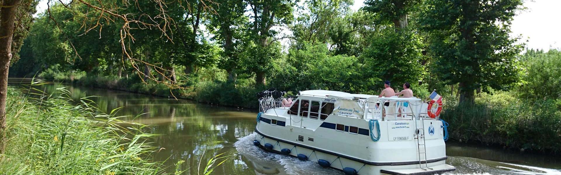 Naviguez sur le Canal du Midi