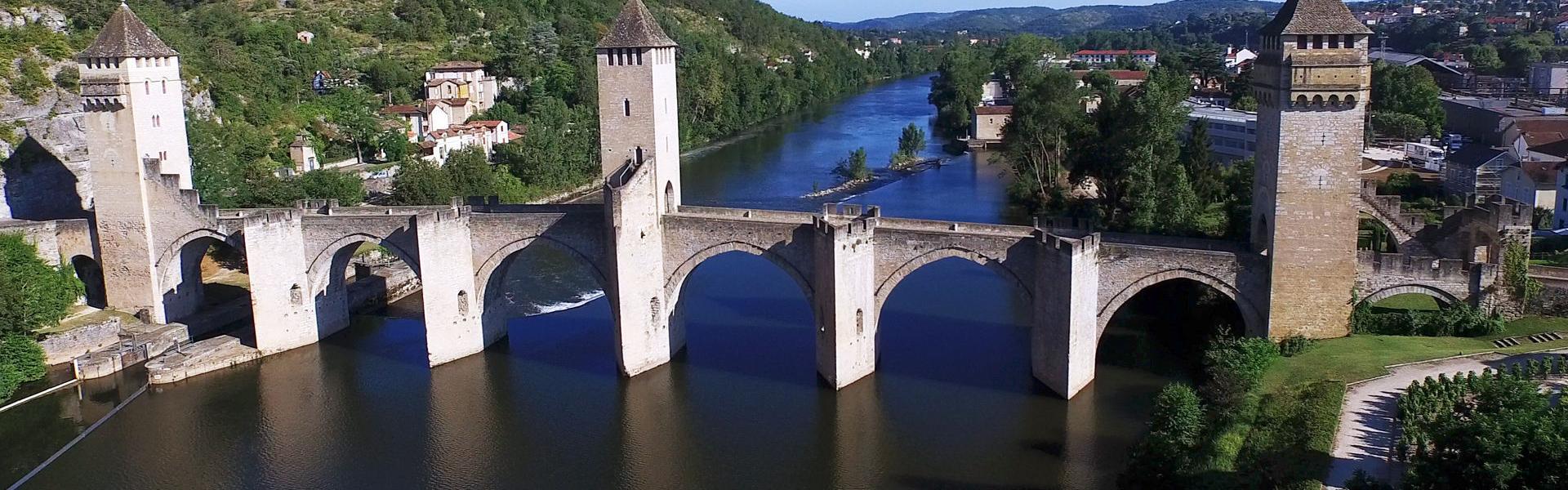 Pont Valentre? Cahors © Go-Production.com