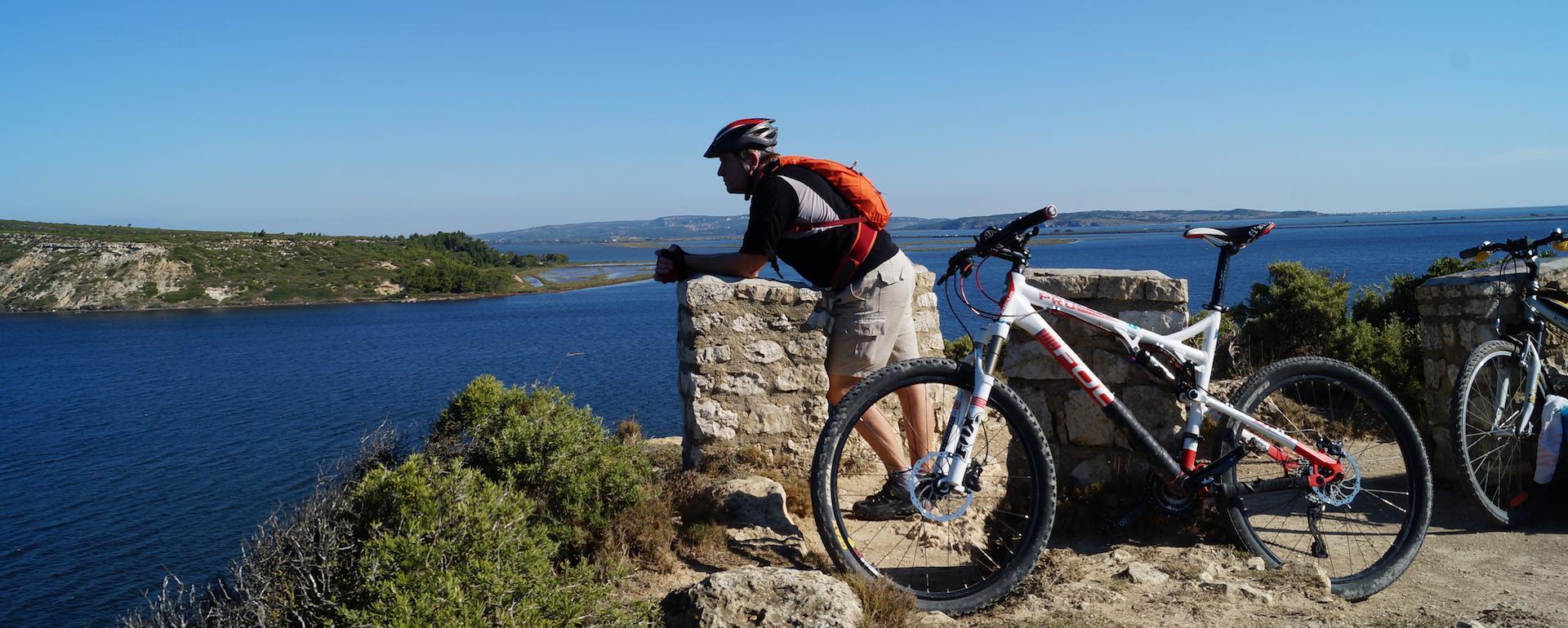 A vélo dans les lagunes de la Narbonnaise