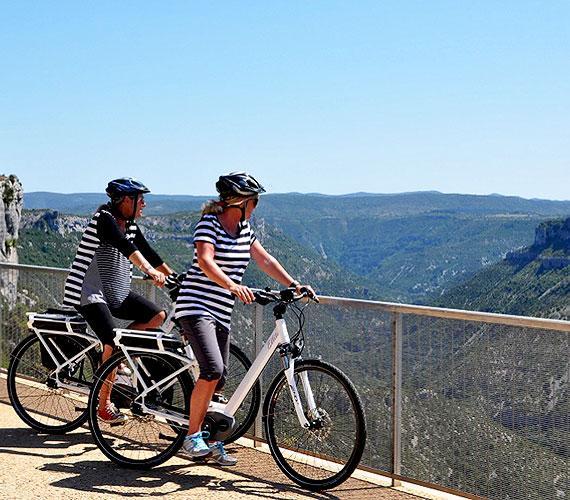 Cirque de Navacelles - Vélo électrique au Belvédère ©Cigale Aventure