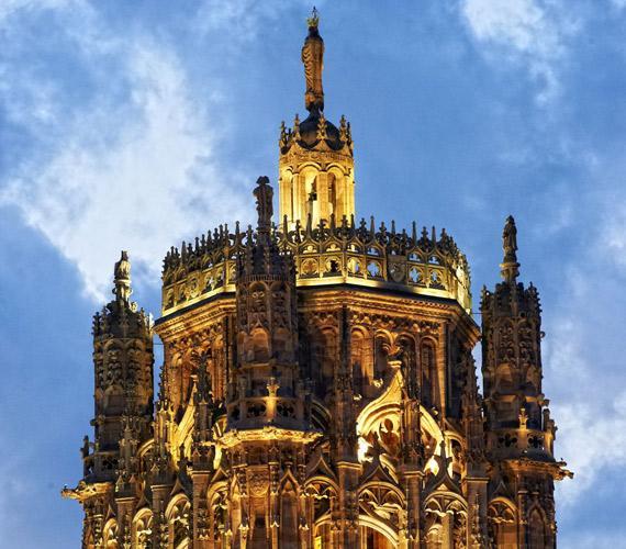 Le clocher de la cathédrale