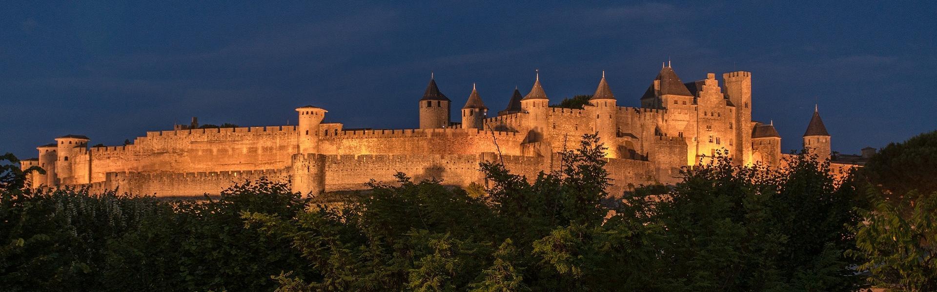 La Cité de Carcassonne, la nuit