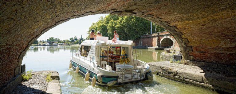 Canal du Midi bateau fluvial